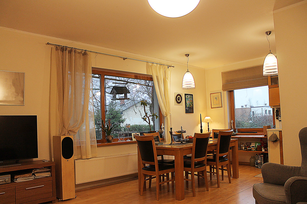 2 stāvu ģimenes māja Salaspilī  225 m2 + zeme 1100 m2